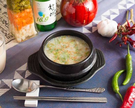 【当店一番人気】コラーゲンたっぷり!1人前の「サムゲタンスープ」